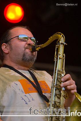 Carlama Orkestar op Bevrijdingsfestival Utrecht 2007 foto