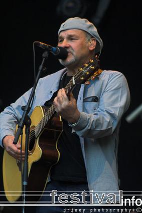 Foto Paul Carrack op Bevrijdingspop Haarlem 2007