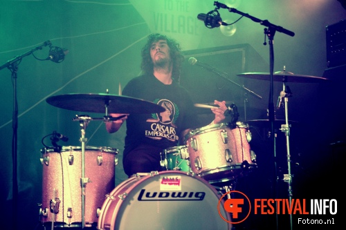 Foto The Growlers op Welcome To The Village 2015 - zondag