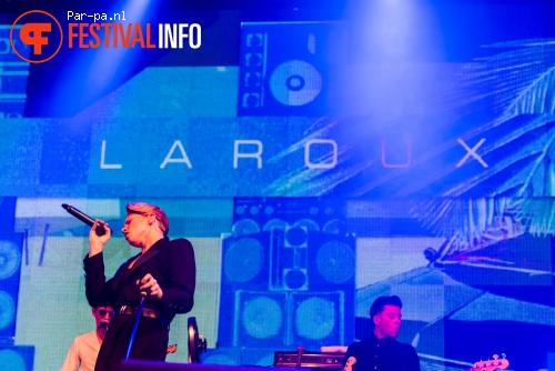 La Roux op Lowlands 2015 - vrijdag foto