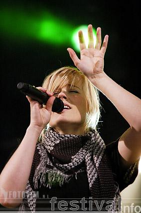 Foto Ilse DeLange op Dauwpop 2007