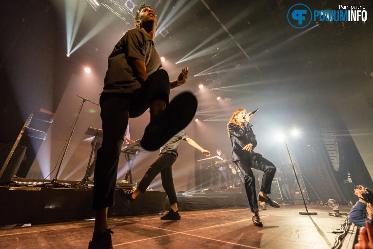 Foto Christine And The Queens op Christine and the Queens - 05/10 - Melkweg