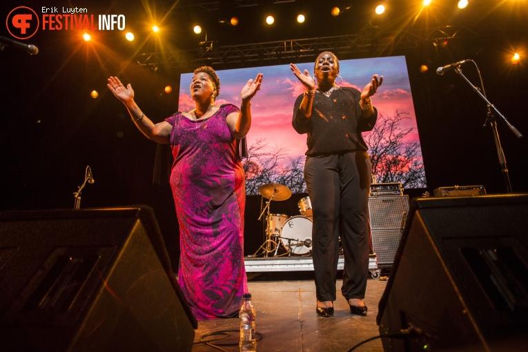 Foto Saun and Starr op Iceland Airwaves 2015