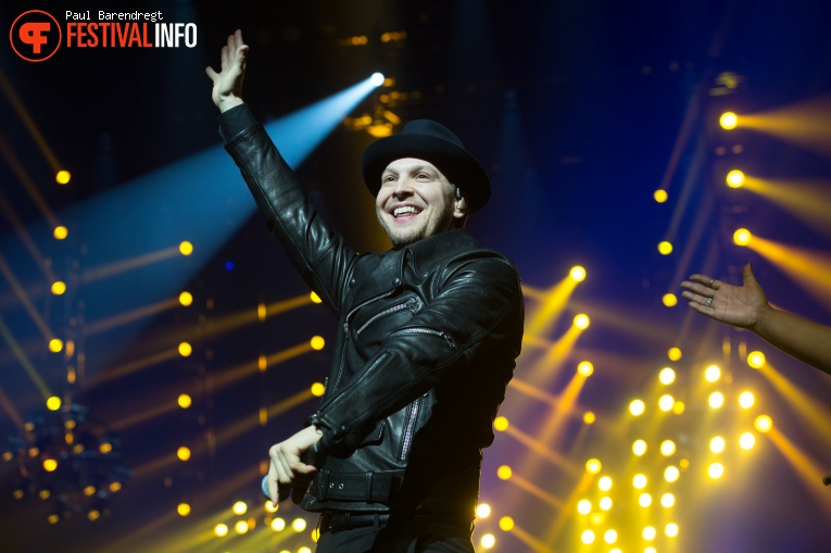 Gavin DeGraw op Night of the Proms Rotterdam 2015 foto