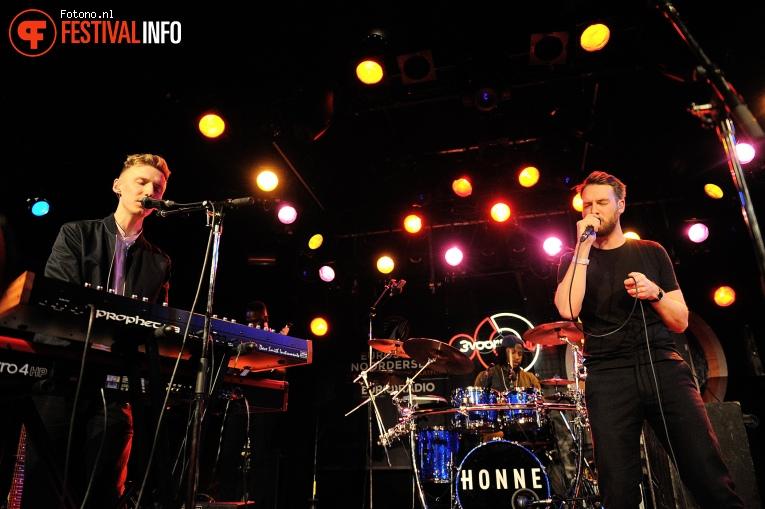 Foto Honne op Eurosonic Noorderslag 2016 - Woensdag
