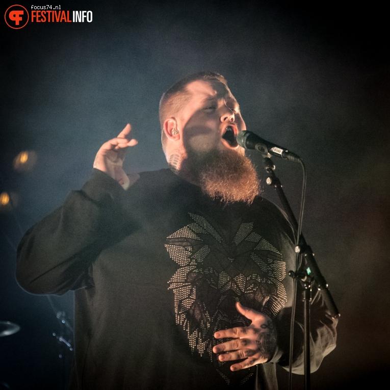 Rag'n'Bone Man op Eurosonic Noorderslag 2016 - Vrijdag foto