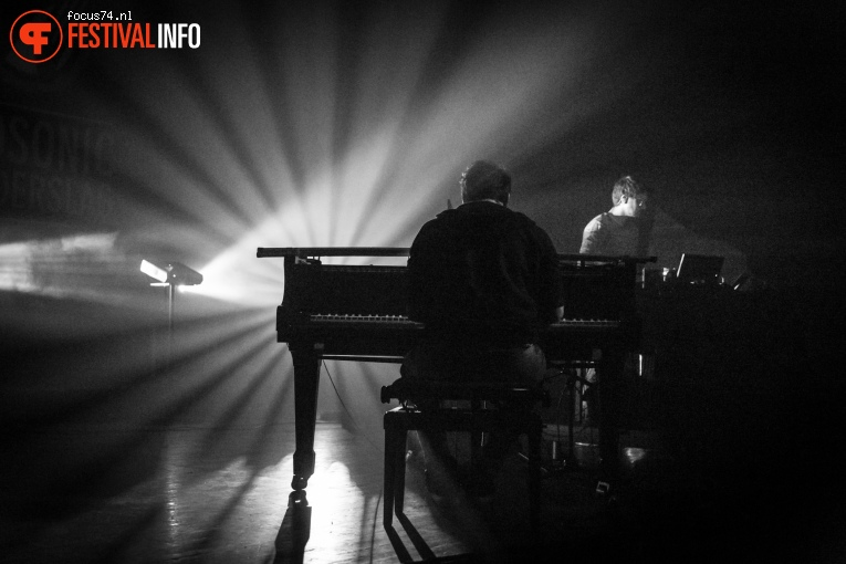 Grandbrothers op Eurosonic Noorderslag 2016 - Vrijdag foto