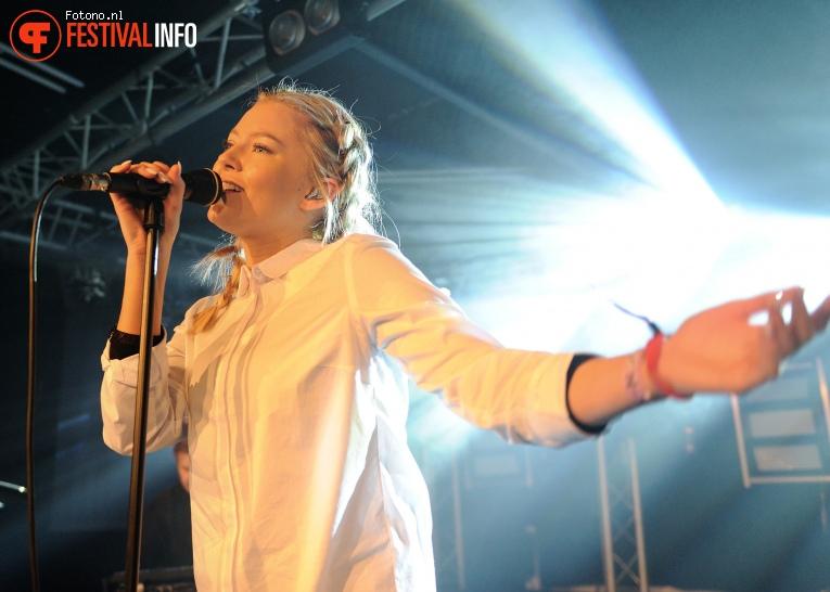 Astrid S op Eurosonic Noorderslag 2016 - Vrijdag foto