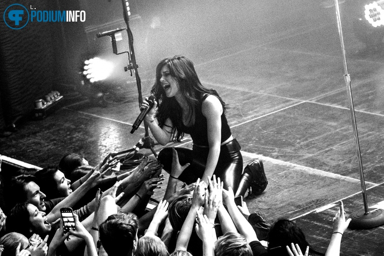 Foto Against The Current op Against The Current - 04/03 - Melkweg