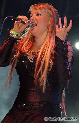 Sirenia op Graspop Metal Meeting 2007 foto