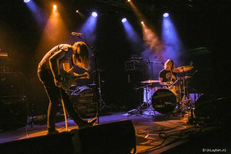 Foto Those Foreign Kids op A Place to Bury Strangers - 06/04 - Effenaar