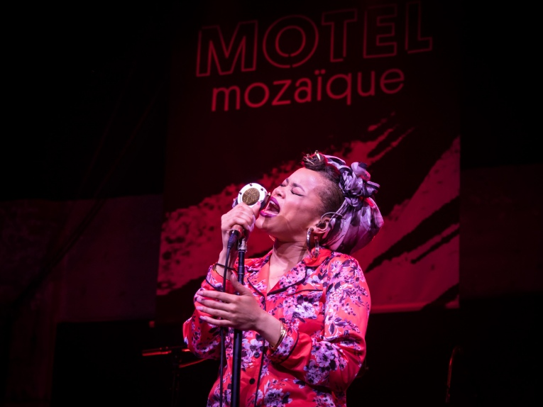 Foto Andra Day op Motel Mozaique 2016