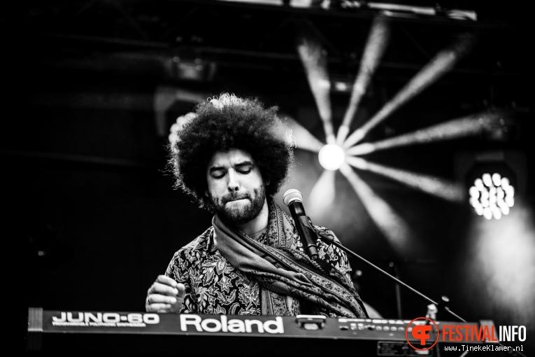 Rilan & The Bombardiers op Koningspop 2016 foto