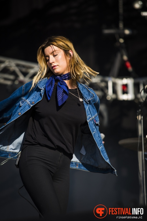 Foto Rondé op Bevrijdingsfestival Overijssel 2016
