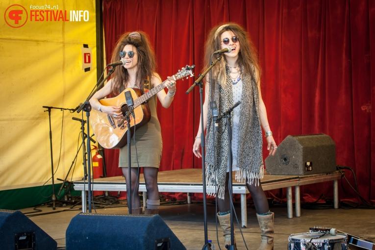 All the King's Daughters op Bevrijdingsfestival Overijssel 2016 foto
