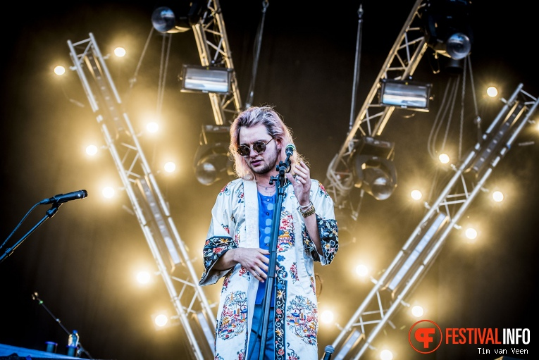 Jett Rebel op Bevrijdingsfestival Utrecht 2016 foto