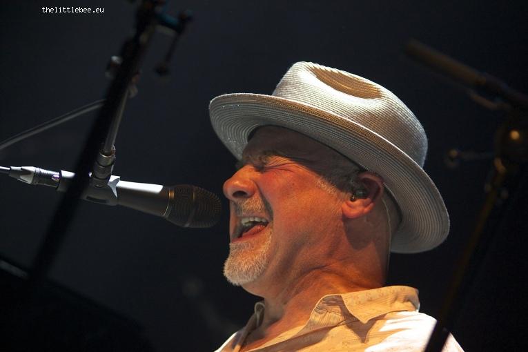 Foto Paul Carrack op Paul Carrack - 25/05 - Metropool