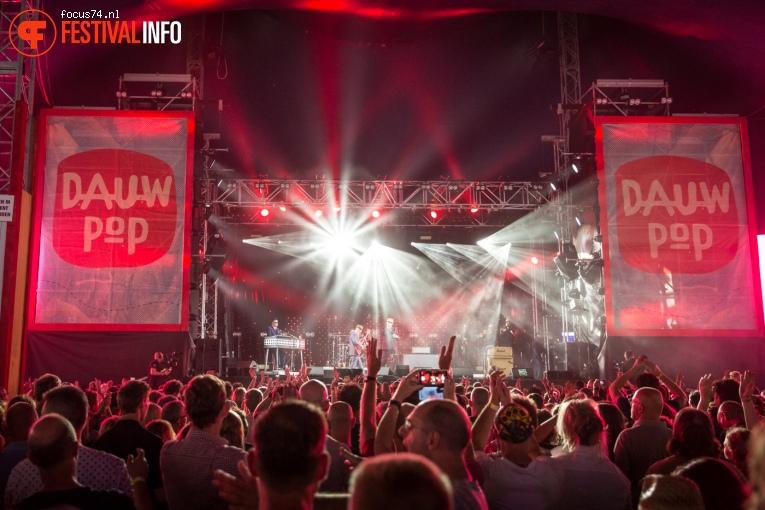 Madness op Dauwpop 2016 foto