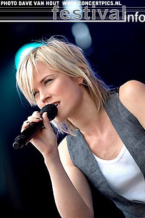 Ilse DeLange op Bospop 2007 foto