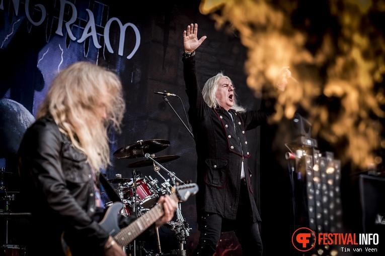 Saxon op Graspop Metal Meeting 2016 dag 3 foto