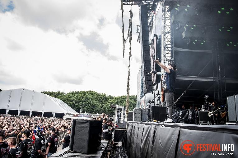 Shinedown op Graspop Metal Meeting 2016 dag 3 foto