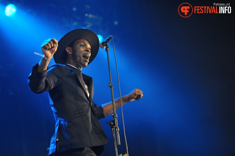 Foto Baloji & L'Orchestre De La Katuba op Down The Rabbit Hole 2016 - Zaterdag