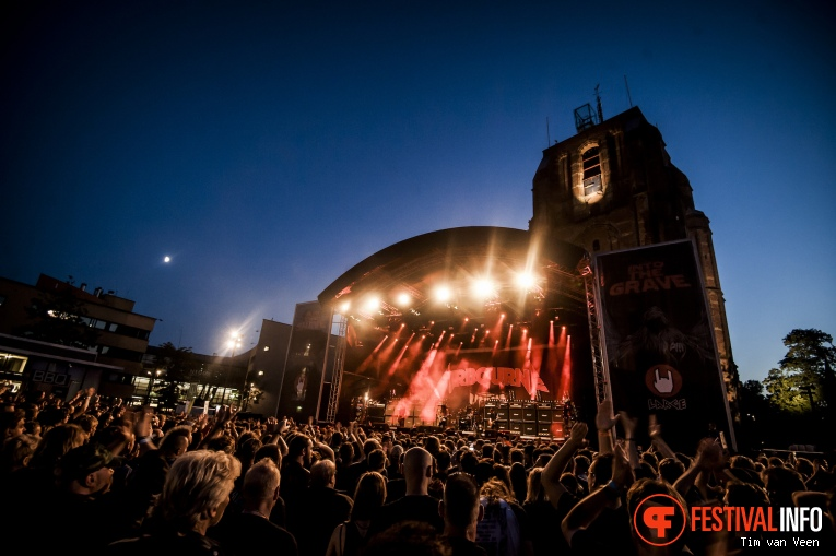 Foto Airbourne op Into The Grave 2016