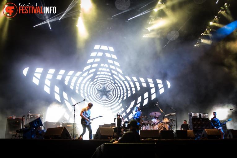 Kings of Leon op Lollapalooza Berlijn 2016 - Zaterdag foto