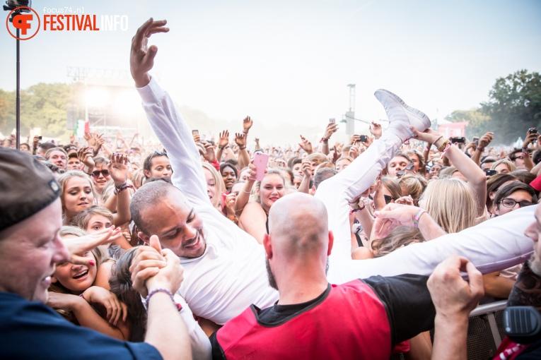 Major Lazer op Lollapalooza Berlijn 2016 - Zondag foto