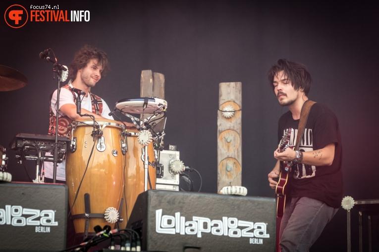 Milky Chance op Lollapalooza Berlijn 2016 - Zondag foto