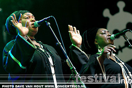 Foto Alpha Blondy & The Solar System op Lowlands 2007