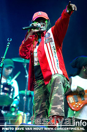 Alpha Blondy & The Solar System op Lowlands 2007 foto
