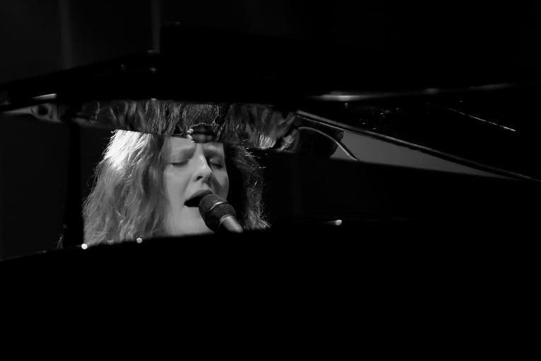 Frances op 7 Layers Festival 2016 foto