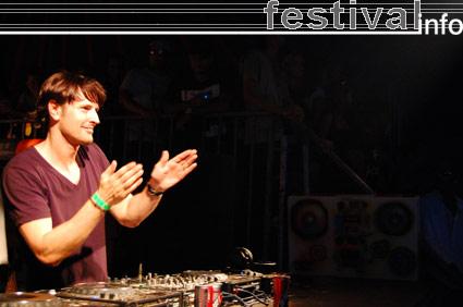 DJ Erick E op Mystery Land 2007 foto