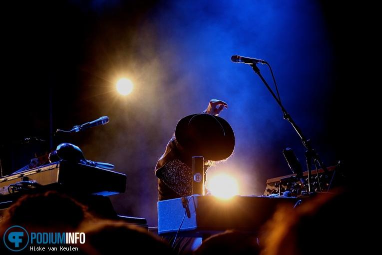 Foto Douwe Bob op Douwe Bob - 04/11 - Metropool