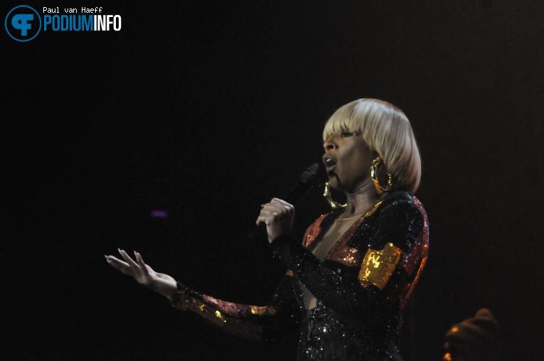 Mary J. Blige op Mary J. Blige / Maxwell - 25/10 - Ziggo Dome foto
