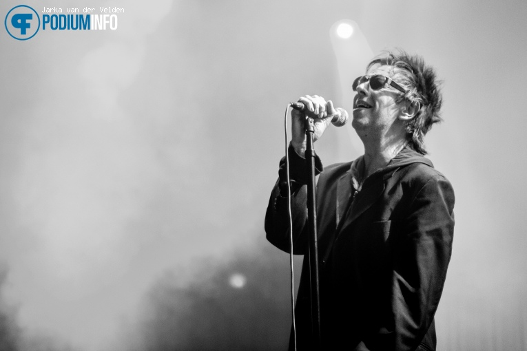 Foto Echo & The Bunnymen op Echo & The Bunnymen - 06/11 - Effenaar
