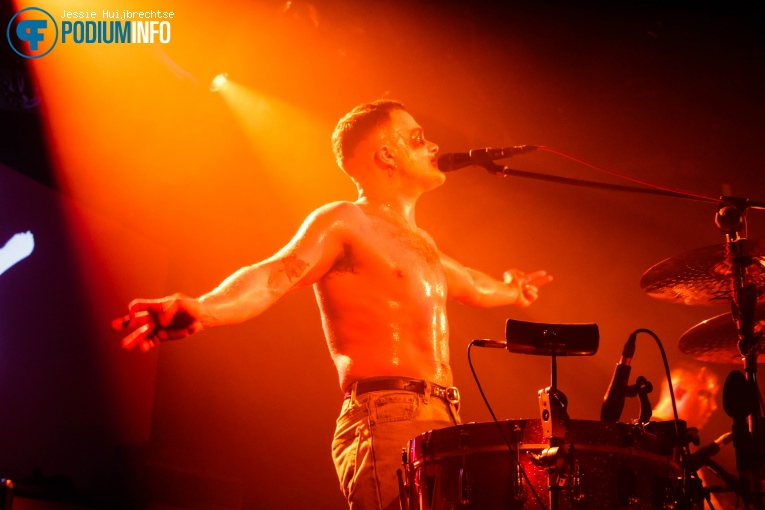 Foto Slaves op Slaves - 31/10 - Melkweg