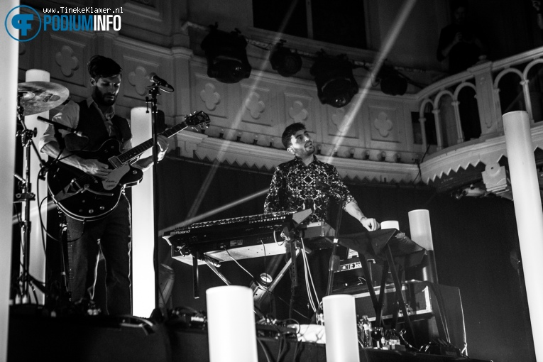 Oscar And The Wolf op Oscar and the Wolf - 8/12 - Paradiso foto