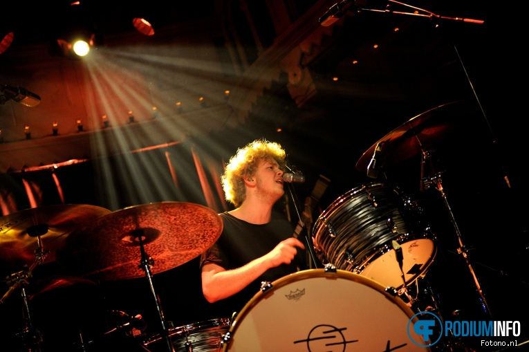 Blupaint op The Temper Trap - 14/12 - Paradiso foto