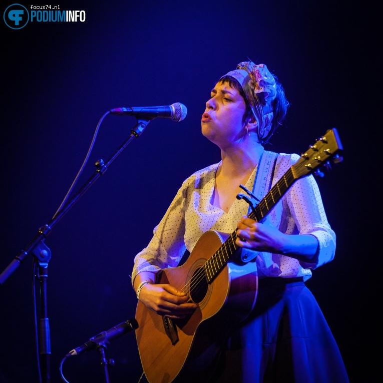Lisa O'Neill op The Divine Comedy - 19/02 - Paradiso foto