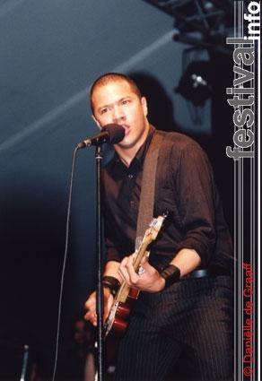 Foto Danko Jones op Bospop 2003
