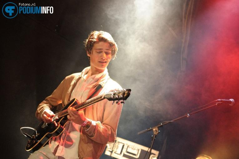 Lucas Hamming op Lucas Hamming - 01/04 - Patronaat foto