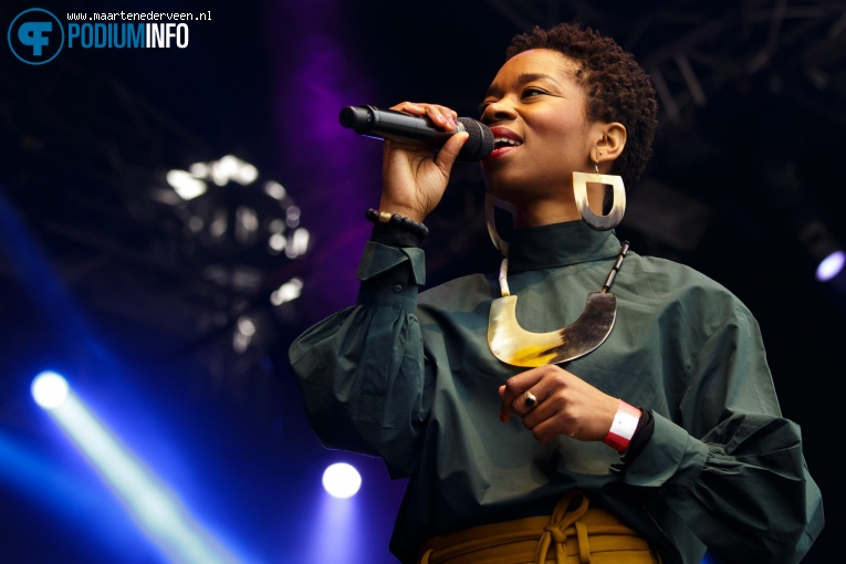 Sabrina Starke op Bevrijdingsfestival Den Haag 2017 foto