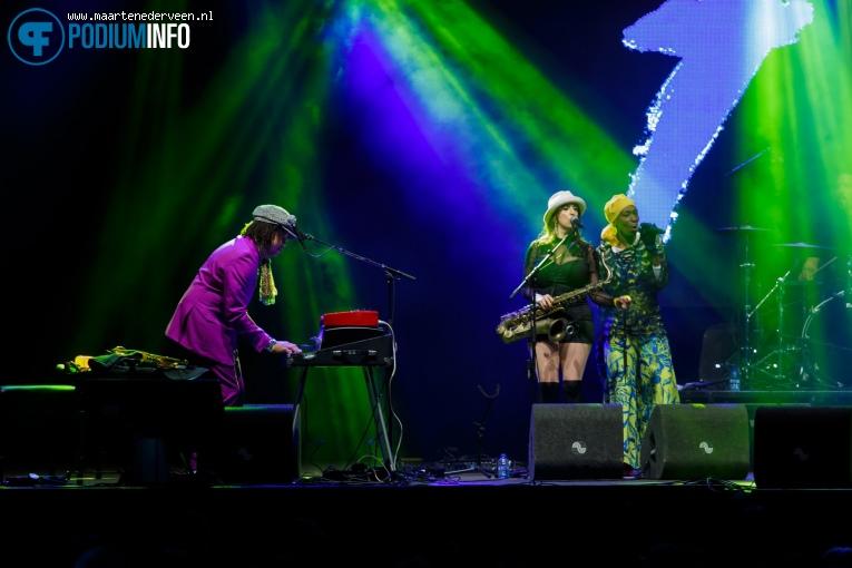 Brooklyn Funk Essentials op Bevrijdingsfestival Den Haag 2017 foto
