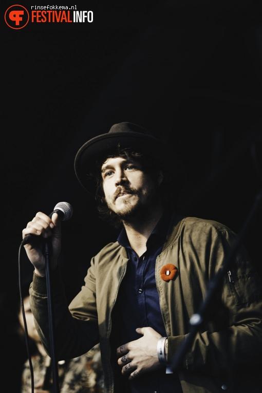 Rob Dekay op Bevrijdingsfestival Overijssel foto