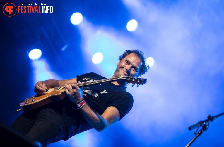 Ruben Hoeke Band op Ribs & Blues 2017 foto