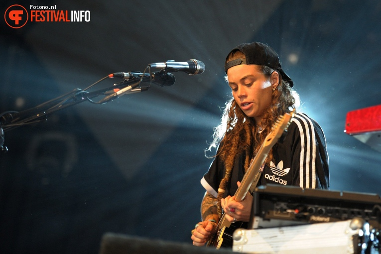 Foto Tash Sultana op Down The Rabbit Hole 2017 - Vrijdag