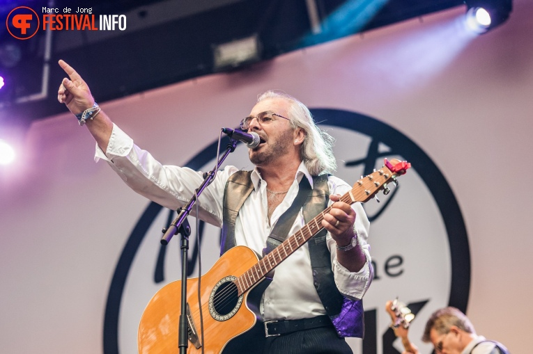 Saturday Night BeeGees op Night at the Park 2017 foto