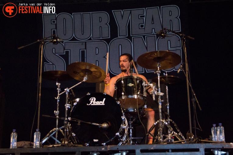 Four Year Strong op Jera On Air 2017 - Zaterdag foto